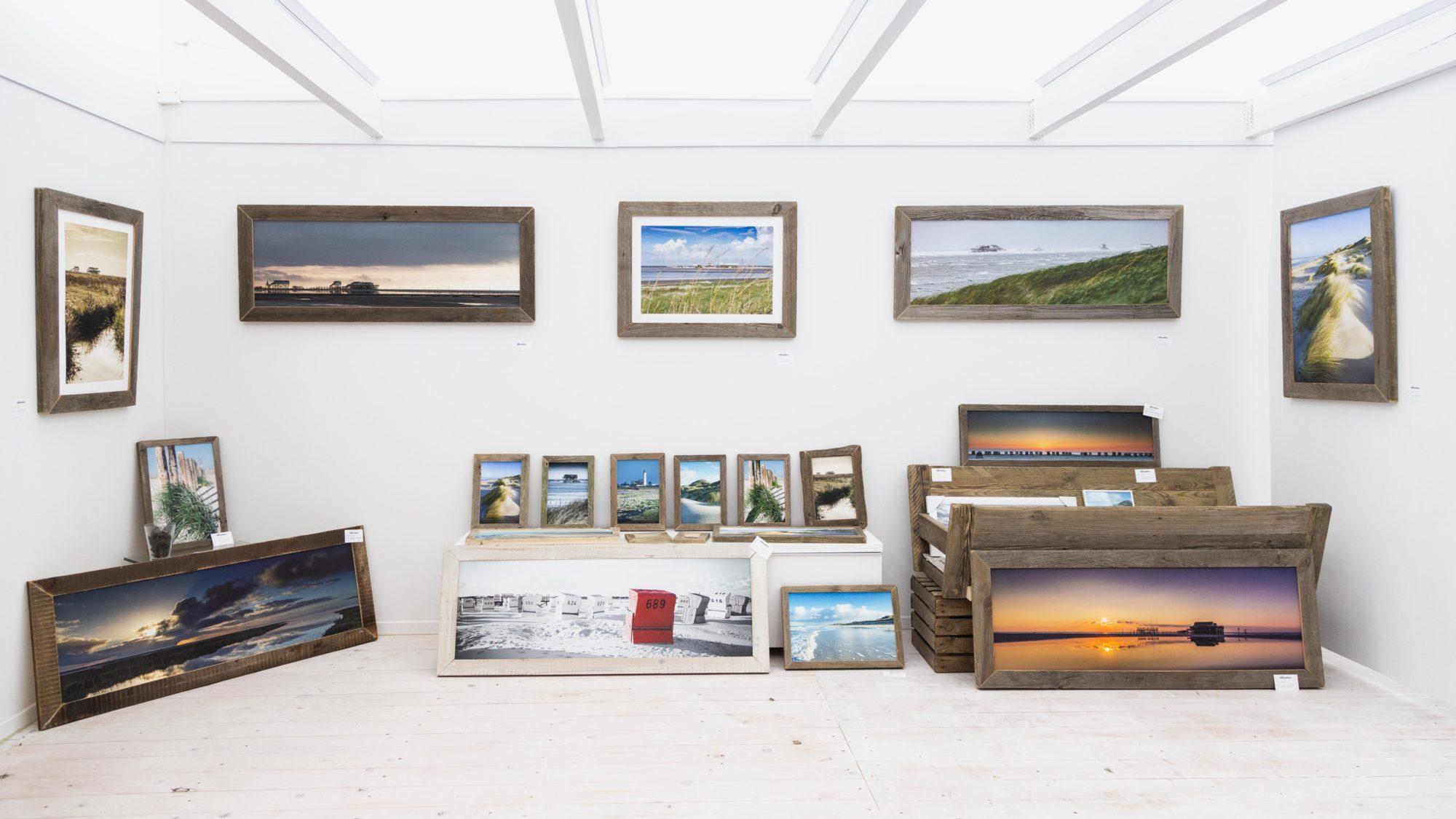 """Die Galerie """"Strandeins""""  von Kim und Martin Kunze präsentiert """"Traumhafte Landschaften""""."""